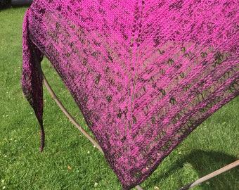 Triangle shawl, Shawlette, Knitted Wrap, Wool Shawl, Bespoke Shawl, Custom Knit Scarf, Bandana Scarf, Lightweight Wrap, Wool Shawlette