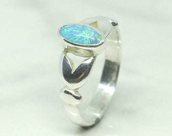 Beautiful Australian Black Opal Ring in Sterling Silver 950%