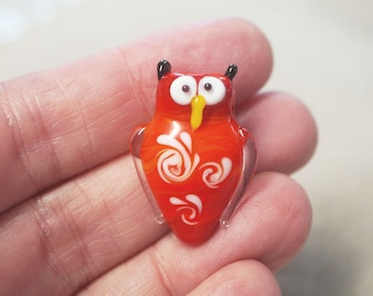 1 Handmade Lampwork Glass Owl Focal Bead - Bright red - 28mm