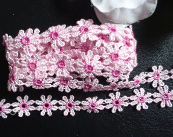1/2 inch Wide Daisy Flowers Lace Trim