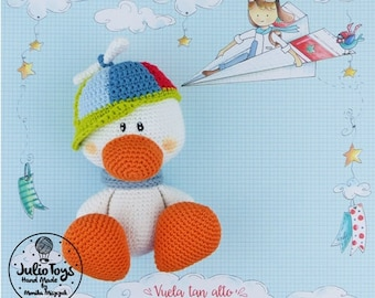 White duck with helix hat