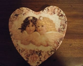 Sweetness and Grace  collectors plate  Heavenly Hearts collection vintage 1993