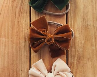 Set of three velvet bows