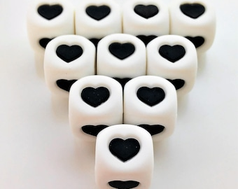 5 or 10 cubes silicone 12 mm white/black heart - 5 or 10 silicone says Black/White HEART beads 12MM - Nursing necklace