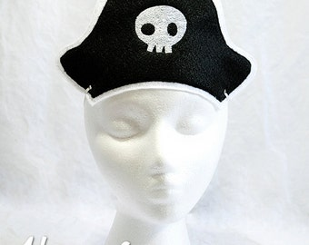 Pirate Hat Embroidery Design, pirate hat, machine embroidery, ITH hat, in the hoop hat, embroidered hat, 5x7, 6x10, pirate costume, pirates