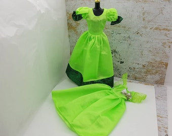 Barbie Lime green Gowns Shiny fashions Outfit 11 inch doll Lot of 2