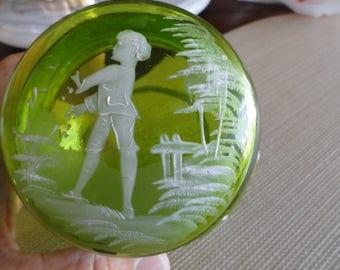C721)  Antique Mary Gregory Dresser Jar peridot green