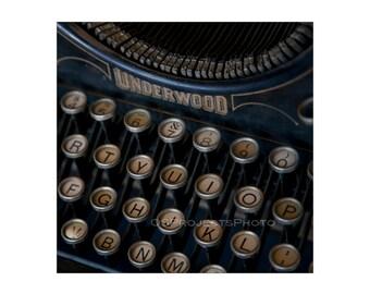 Vintage Typewriter Photography - Square Image - Underwood Typewriter Photo - Old Typewriter Print -  Old Keyboard Image - Printing