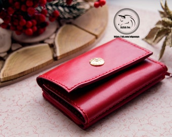 Red wallet for woman