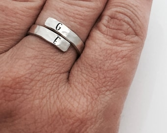 Custom Initial Ring - Wrap Ring - Mother's Jewelry - Mom Ring  -sterling  silver letter ring - Personalized Jewelry  - Mothers Ring
