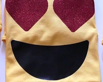 Love eyes Emoji with glitter