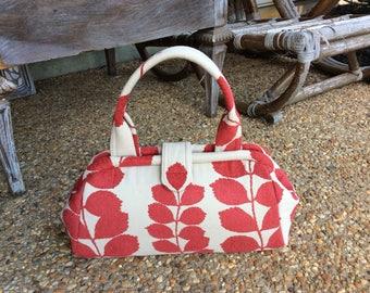 Red Vine Doctor Bag