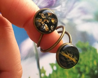 Handmade ring with real iris flower and golden flakes