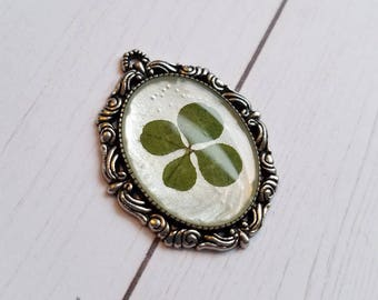 Real Four Leaf Clover Pendant #136