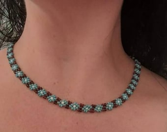 Boho Flower Bead Necklace