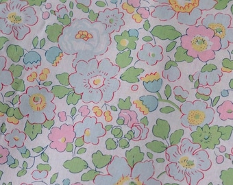 Pink Green pistachio color Liberty Betsy pattern Liberty print fabric