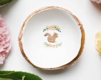 Floral Squirrel Jewelry Dish / Ring Dish / Catch all / Personalized Gift / Personalized / Engagement Gift / Bridesmaids / Wedding Gift