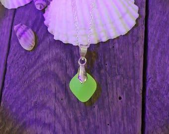UV Seaglass, sea glass pendant Rare!!! Yellow sea glass, necklace glow, Genuine Victorian uv sea glass