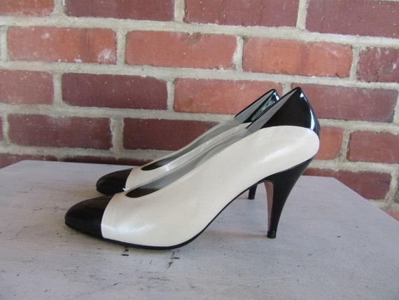 Size Heels Wave Cap White and Glam New Stiletto Pumps Black 1980s 5 Pumps PUmps EURO Toe 80s 7 38 Shoes wp7tvRZRqx