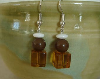 Original earrings with Brown, Topaz and white beads