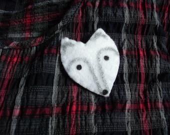 Arctic fox, brooch, felt brooch