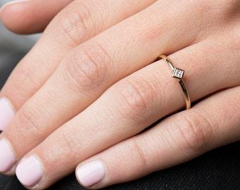 Square Diamond Ring, 14K Yellow Gold, Princess Cut Diamond Ring, Thin Band Ring, Simple Engagement Ring, Stackable Gold Band, Bezel Ring