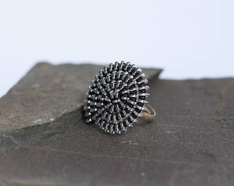 Made of zipper recovered ring spiral, various colors & silver