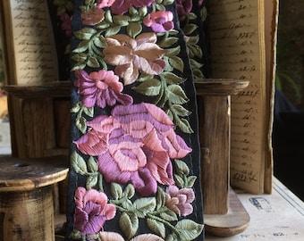 Braid Persia Afghan yarn powdered rose pink silk satin Black 8 cm