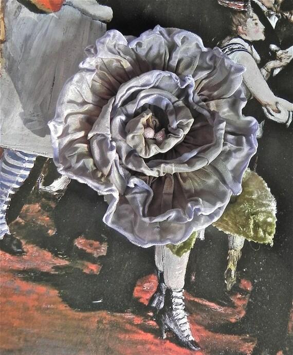 LILAC VINTAGE RIBBONWORK Rose, Vintage Velvet Leaves, Vintage Pink Sugared Stamen, Applique,