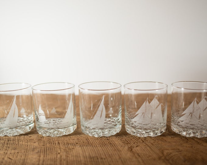 Frosted True North Whisky blue nose Bar Glasses / Nautical Ocean Design with Ship and Birds at Sea / Tru Nord France
