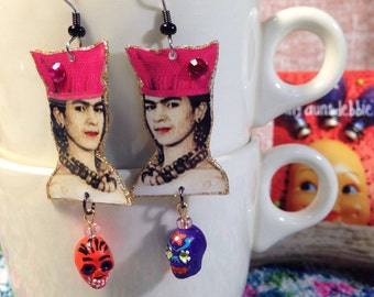 Frida Kahlo wearing a Pussy Hat Earrings Fund Raiser for Planned Parenthood
