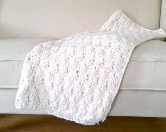 Chunky Crochet Shell Accent Toss Throw Blanket - Made to Order Knit Cozy White Farmhouse French Country Decor Urban Farm Fall Winter Afghan