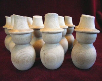 12  No. 14 Snowmen With Angled Hat, New Stock, Commercial Hardwood Peg Dolls
