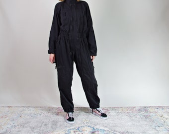 Vtg black zipped jumpsuit / street style coveralls