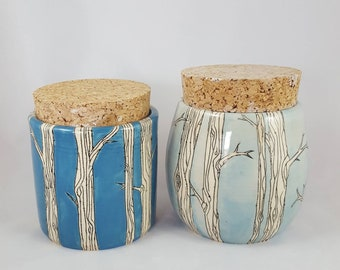 Available now!! Pair of canisters with large cork. Can be purchased separately- in different listing.