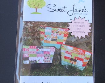 Sweet Jane's - Creatively Yours Zipper Pouch Pattern