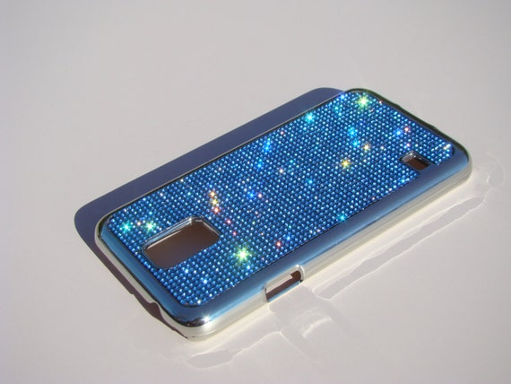 Galaxy S5 Blue Sapphire Rhinestone Crystals on Silver Chrome Case. Velvet/Silk Pouch Bag Included, Genuine Rangsee Crystal Cases.