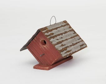Wren House Birdhouse Reclaimed wood Amish made Made in USA new  Red