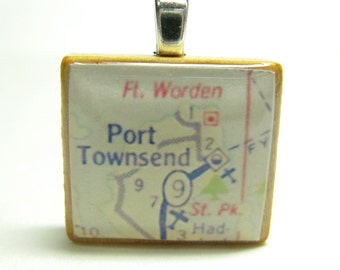Port Townsend, Washington - 1962 vintage Scrabble tile map pendant or charm