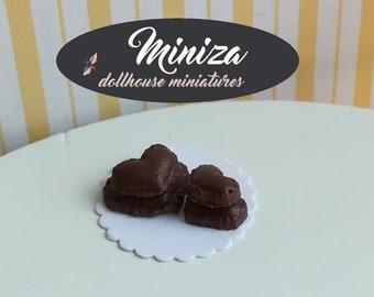 Miniature gingerbreads, 1:12 scale