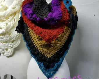 Lost in Time Shawl, triangle scarf, virus cowl