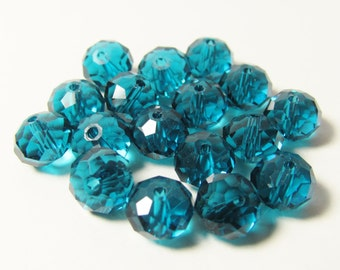 D-00854 -  20 Faceted Glass Rondelle beads 6x8mm
