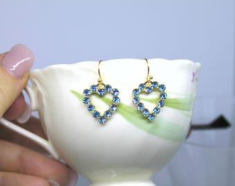 Beautiful Vintage Aquamarine swarovski crystal rhinestone hearts, dangle drop earrings