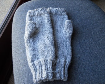 Pure Alpaca fingerless gloves in silver grey