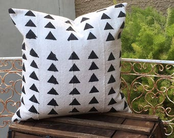 Authentic African Mudcloth Pillow Cover   Triangle Tribal Design  19 x 19   Modern / Boho / Masculine / African / Farmhouse Decor