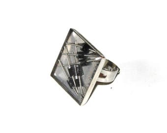 Recycled resistors and resin ring