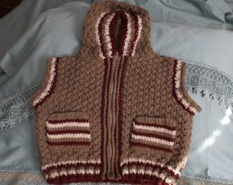 4 years - with wool sleeveless jacket double
