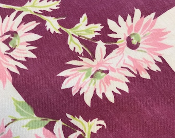 Small Vintage Flowered Tablecloth