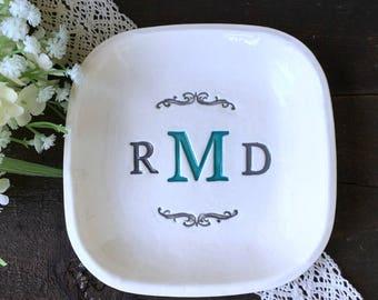 Square Wedding Keepsake Plate with Triple Monogram - Elegant Personalized Wedding Gift Tray