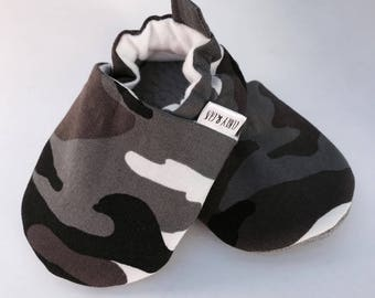 Gray Camouflage Baby Shoes, Baby Boy  Shoes, Camo Baby Shoes, Soft Sole Baby Shoes, Baby Moccasins, Baby Booties, Baby Slippers, Crib Shoes